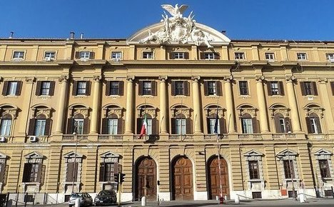 Italy gets €4 billion windfall from tax dodgers