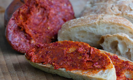 Italy police find cocaine among spicy sausages