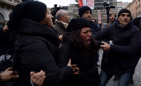 Italy squatters plea for stop to evictions