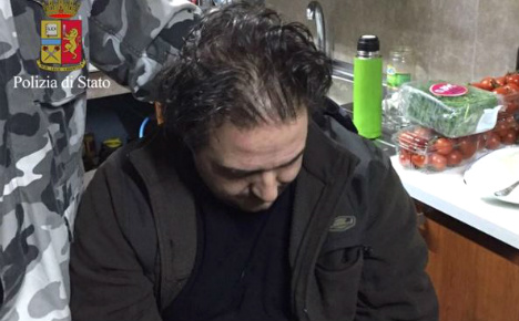 Italy nabs mobster bosses 'living like animals' in bunker