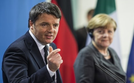 Italy PM likens EU to 'orchestra on the Titanic'