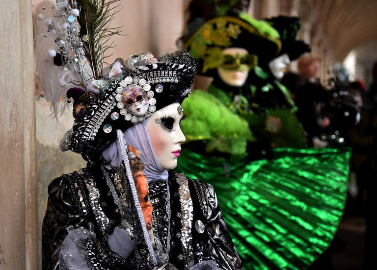 Venice Carnivale gets off to flying start