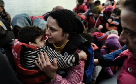 Italy fears 150k migrants could land as Balkan route closes