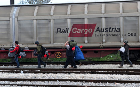 'Italy must stop refugee flow or we'll shut Brenner pass'