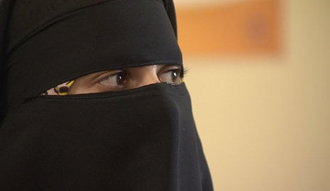 Niqab-wearing tourist stopped from entering Italian museum