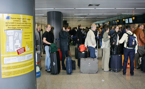 German stopped in Rome after human skull found in suitcase