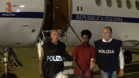 Migrant smuggling 'boss' extradited to Italy