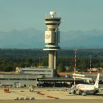 Italy's government nets €759 million in air traffic sale