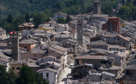 Italy quake: Probe opens into building collapses
