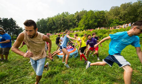 IN PICS: Italy's crazy hide and seek championship