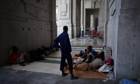 Italy arrests 21 for migrant trafficking