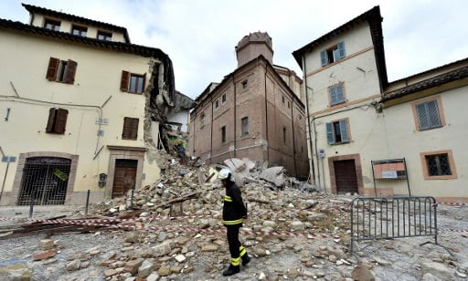 Locals abandon their homes in quake-hit central Italy