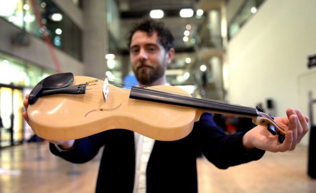 This Italian created a violin with strings made of spider silk