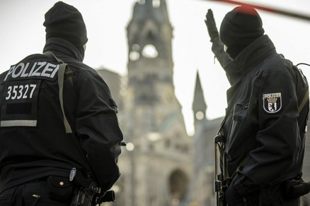 Berlin attack suspect 'spent four years in Italian jail'