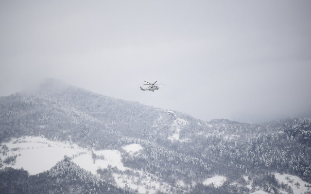 Six dead after helicopter crash near avalanche zone