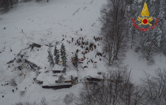 In videos: How Italian rescuers reached avalanche survivors