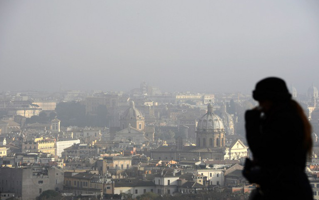 Smog levels way above safe limits in northern Italy