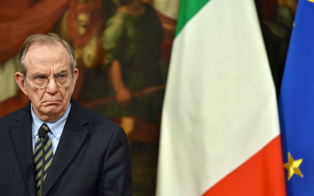 Italy 'in talks' with EU over budget deficit