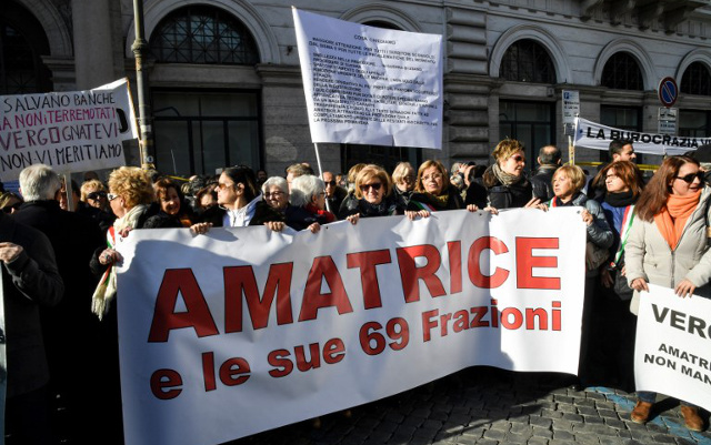 Earthquake survivors protest in Rome over delays in recovery