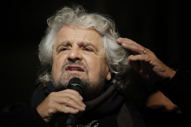Italy's Five Star Movement leader urges split from UKIP in European Parliament