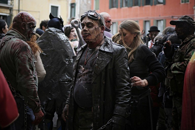 IN PICTURES: Venice Carnival opens in spectacular style