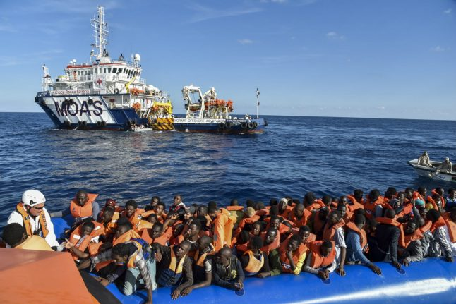 Italy sets up fast-track asylum courts for migrants