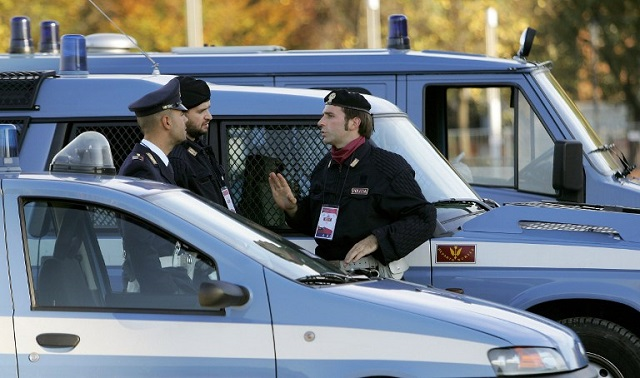 Police dismantle suspected terror cell in Italy