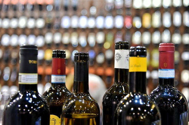 Sicily blackmailers threatened to destroy 230 bottles of fine wine
