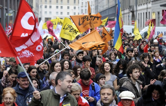 Thousands march in anti-mafia protests across Italy