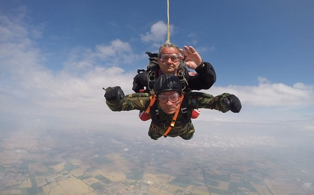 This Italian celebrated his 96th birthday by jumping out of a plane