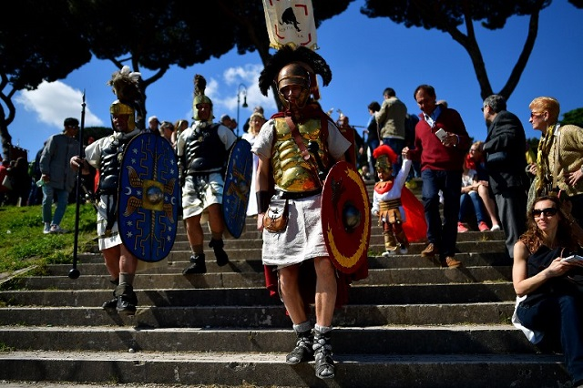 IN PICTURES: Rome steps back in time to celebrate its 2770th anniversary