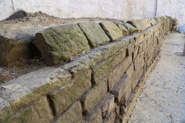 Rome Metro workers accidentally discovered an ancient aqueduct