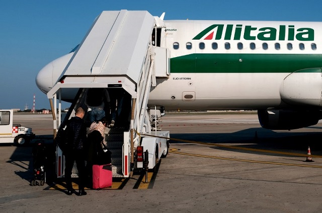 Two in five Alitalia flights cancelled in airline's latest strike