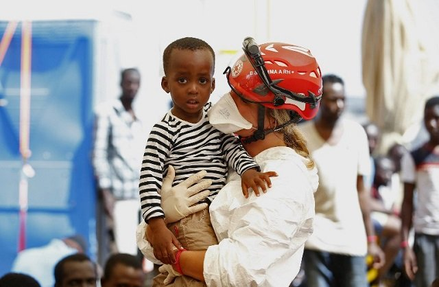 'Give more help to child migrants', Save the Children tells Italy