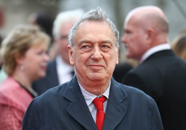 Stephen Frears to be recognised with award at Venice Film Festival