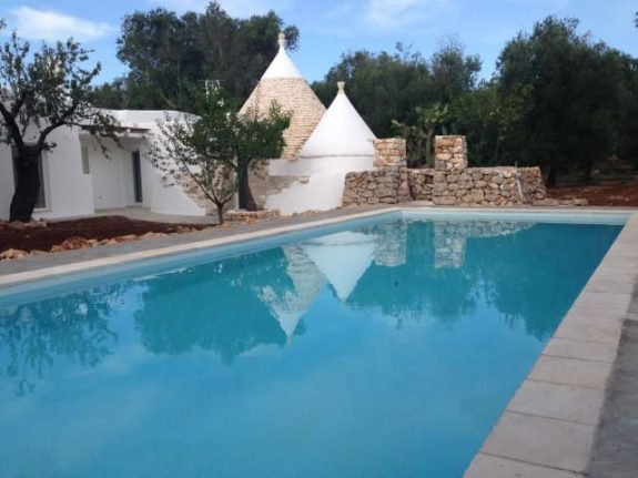 Property of the week: Apulian pool and home