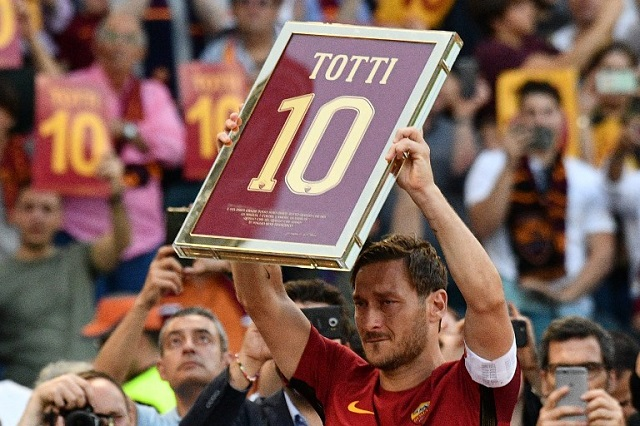 Roma legend Francesco Totti thanks fans for support in his 'new life'