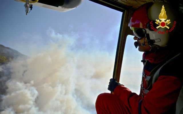 Piedmont firefighters struggling as wildfires reach edges of Turin