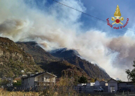 600 evacuated as wildfires continue to rage in Piedmont