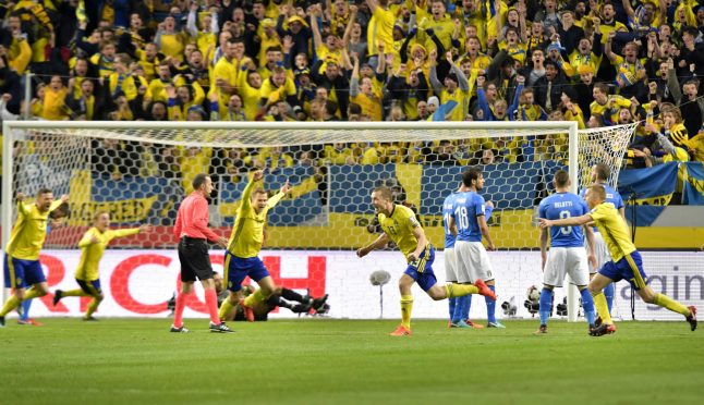 Sweden claim advantage with World Cup play-off first leg victory over Italy