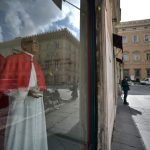 Short-lived 'Smiling Pope' takes first step to sainthood
