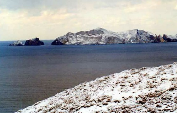 PICTURES: Italian island gets its first snow in 18 years