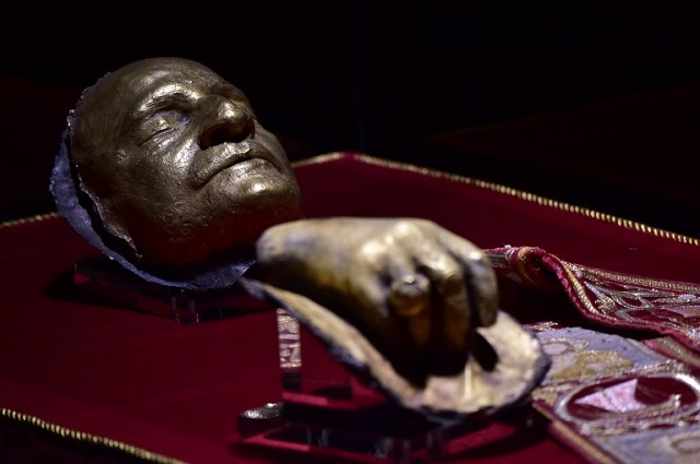 Vatican bans sale of holy blood and bones