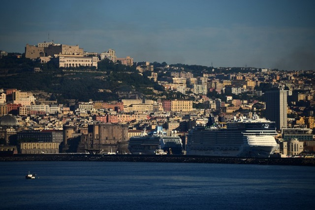 One dead after blast in Naples