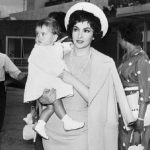 In 1958, back in Rome with her son.Photo: Intercontinentale/AFP