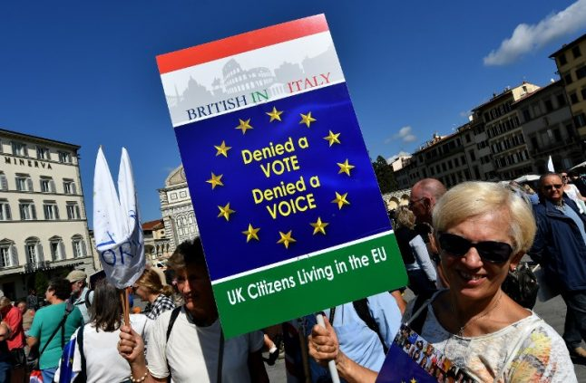 Long-term Brits in Italy to get back UK voting rights