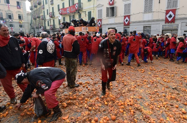 Why thousands of people join a massive food fight in this Italian town each year