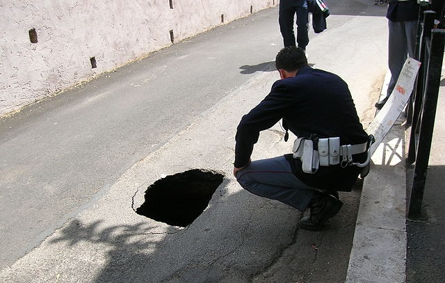 Rome launches €17 million plan to fill the city's potholes