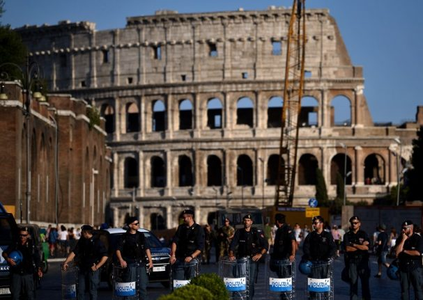 Rome tightens security for Easter amid terror scares