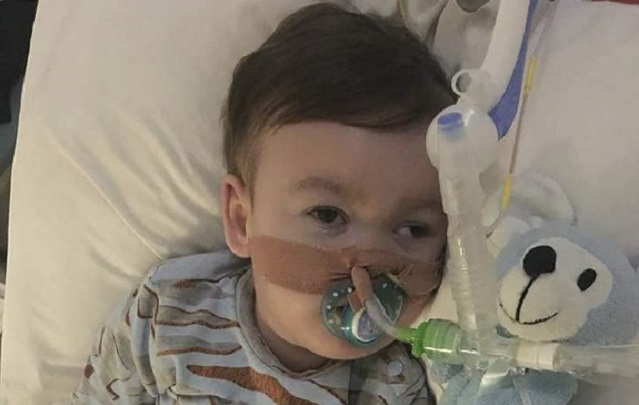 Pope Francis makes fresh appeal for terminally-ill British toddler Alfie Evans